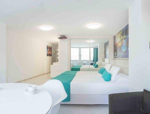Party Studio apartment Benidorm Celebrations™ Pool Party Resort (Adults Only) Apartamentos