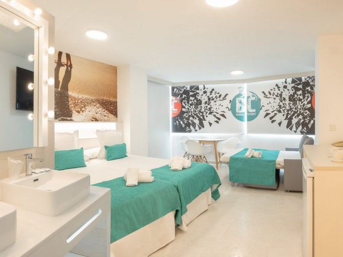 Party studio 6/6 benidorm celebrations ™ music resort (adults only) apartments