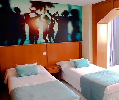 Apartment Standard (Living Room + 1 Bedroom) 2/5 Benidorm Celebrations™ Pool Party Resort (Adults Only) Apartamentos