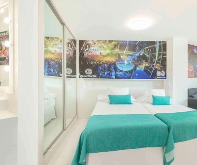 Party Studio 2/5 Benidorm Celebrations™ Pool Party Resort (Adults Only) Apartments