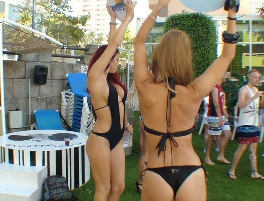 DJs & Gogos Benidorm Celebrations™ Pool Party Resort (Adults Only) Apartamentos